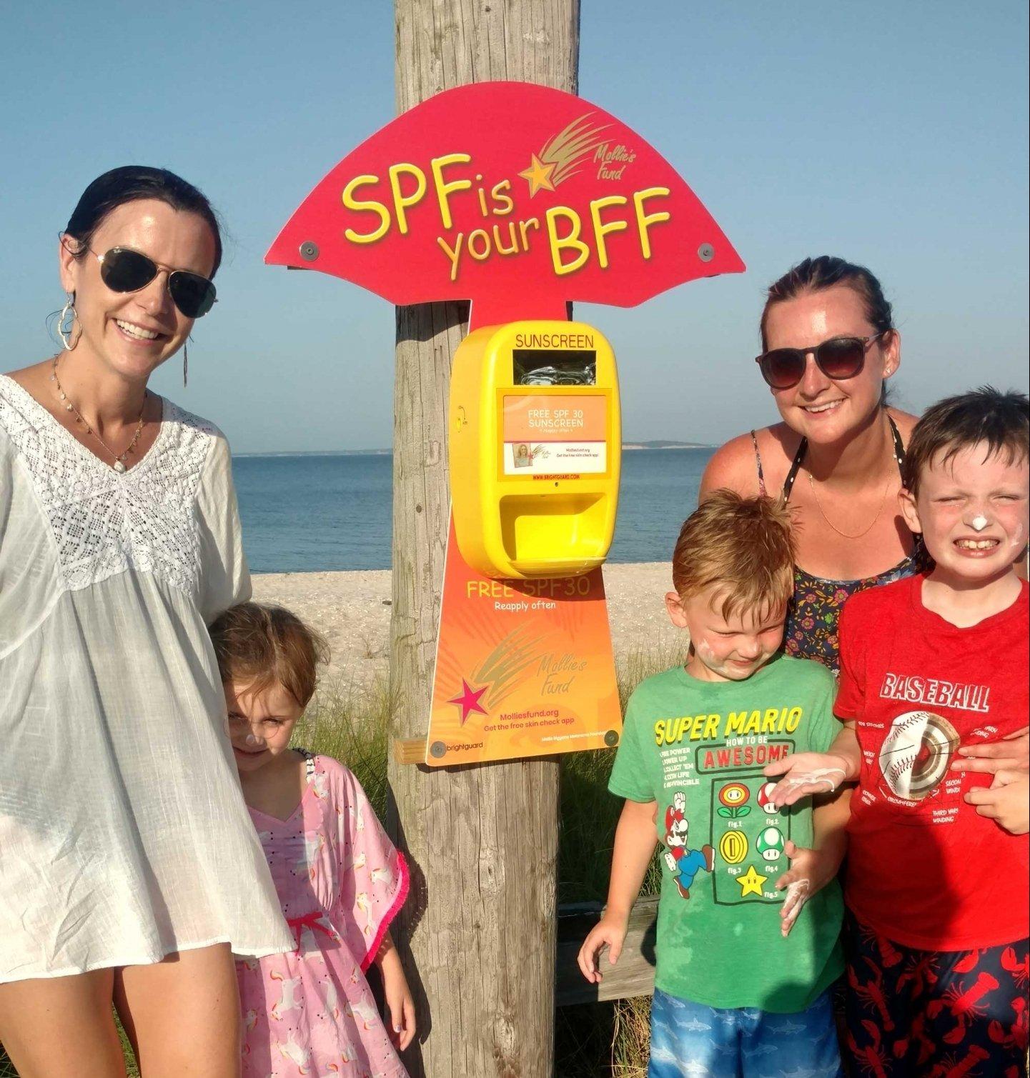 sunscreenDispenser-onBeach